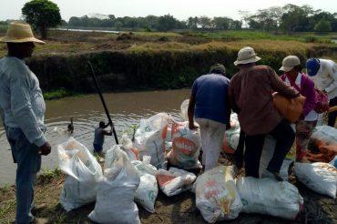 Chorro ilegal de más de 8 metros tiene en alerta a familias campesinas y pescadoras de Arjona y Mahates